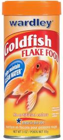 feeding goldfish live foods is essential